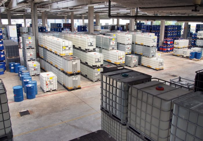 factory-warehouse-manufacturing-stock-inventory-chemical-storage-908301-pxhere.com